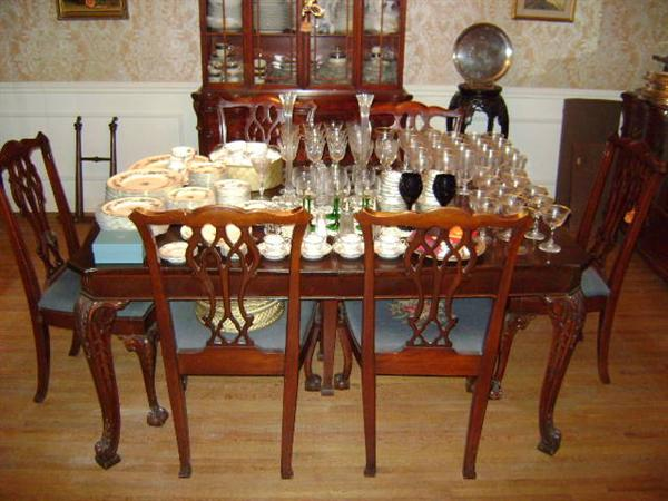 Delightful 1920s Chippendale Dining Room Table U0026 6 Chairs; Includes 2 Leaves U0026 Pads;  Claw